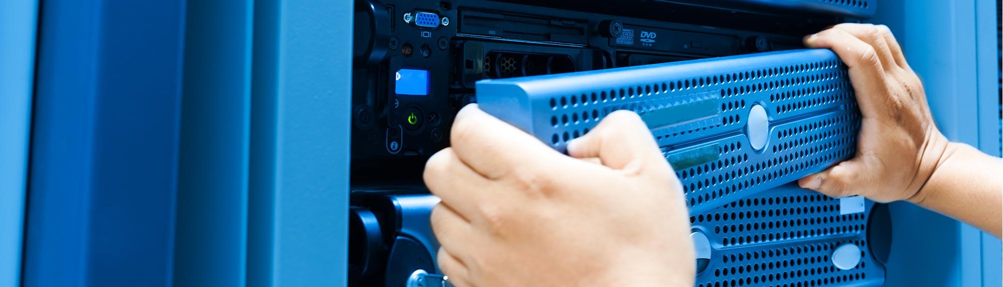 fornitura aziendale installazione server linux windows aziende alessandria milano torino genova